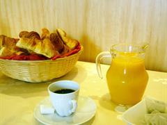 image - ACCUEIL CAFE CROISSANT