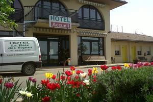 image - HOTEL RESTAURANT LA HAIE DES VIGNES