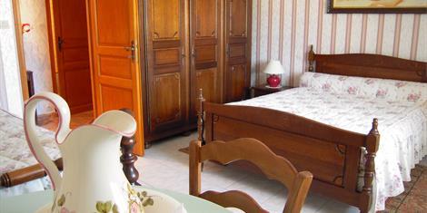 image - CHAMBRE D'HOTES DE CHAMPNEUVILLE