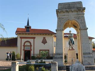Nécropole nationale de Friscati B.Defaux ADT54