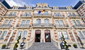 HOTEL RESTAURANT LES JARDINS DU MESS