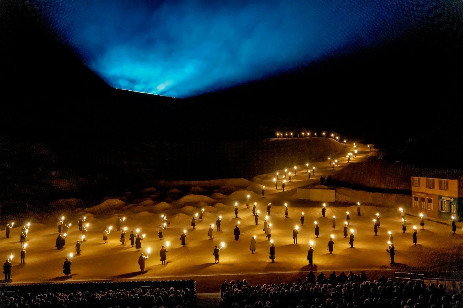 SPECIAL EVENT DES FLAMMES... A LA LUMIERE