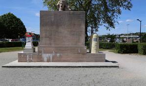 MONUMENT - BORNE VOIE SACRÉE