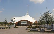 Centre Pompidou-Metz © Shigeru Ban Architects Europe et Jean de Gastines Architectes, avec Philip Gumuchdjian pour la conception du projet lauréat du concours / Metz Métropole / Centre Pompidou-Metz / Photo Philippe Gisselbrecht