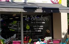 Facebook  Shaker