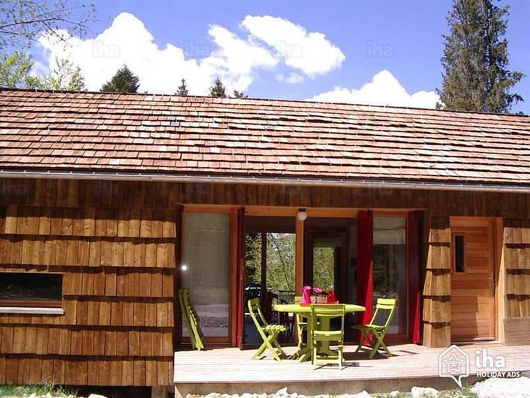 Vue d'ensemble des cottages du Bugnon